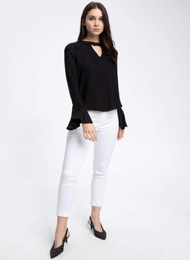 DeFacto Kolları Volanlı Bluz Siyah